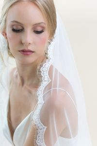 Ivy - Lace Edge Long Wedding Veil